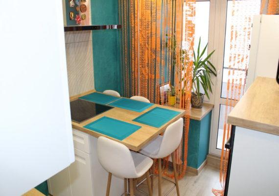 «Бирюзовые стены — трудное и вымученное решение». История проекта «Моя кухня — 3» от ГеосИдеал