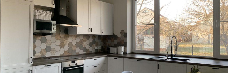 «Смешать две коллекции плитки было не лучшей идеей». Новая история на конкурс «Моя кухня — 3» от ГеосИдеал